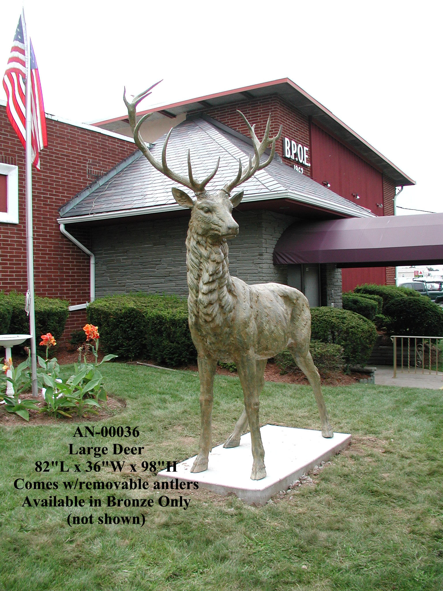 8.2 ft. Giant Bronze Elk