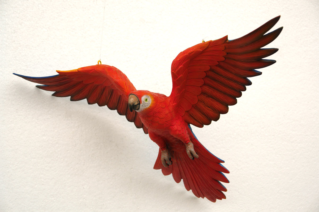 Red Macaw Parrot Flying Parrot Flying (Red) pa...