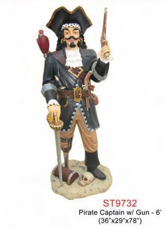 Pirate Captain with a Gun 6ft.