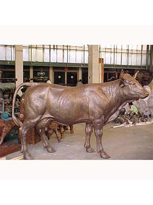 Bronze Cow ( lifesize )