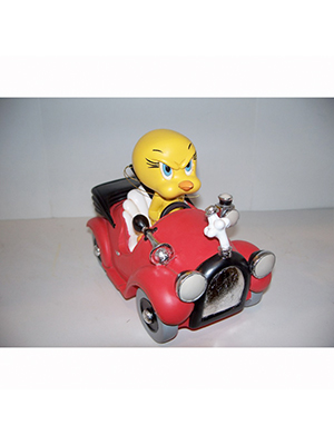 Tweety Bird Angry driving a Car
